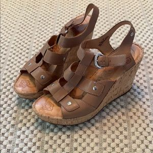 Born cork wedge strappy sandal size 10